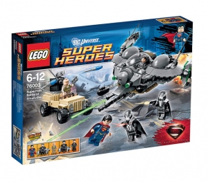 LEGO® 76003 Superman™: Bitwa o Smallville